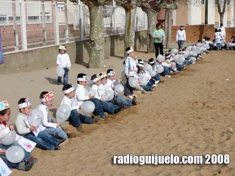 El Día Mundial de la Paz se celebró en los colegios guijuelenses