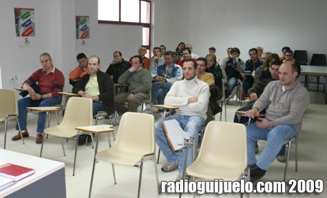 Imagen de la reunión mantenida ayer en el Centro Cultural