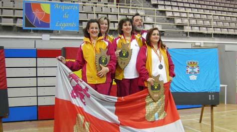 El podio se llenó de arqueros de la región