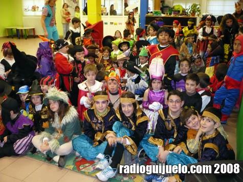 Los niños disfrutaron con la actuación de la Ludoteca