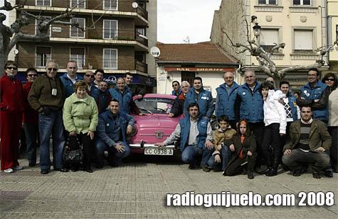 Los miembros del Club 600 Charro visitaron la villa con 20 vehículos