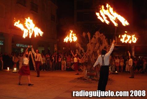 La noche de San Juan en la plaza Mayor de Guijuelo el pasado verano