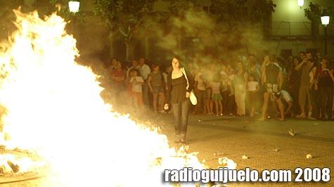 Los guijuelenses quemaron sus malos augurios