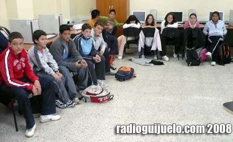 Alumnos en la charla