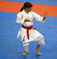 Rebeca Rodríguez ejecuta un kata. Foto archivo
