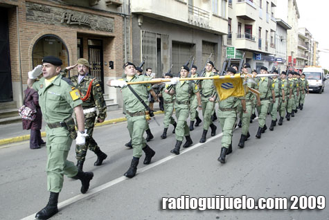 Los paracaidistas de la 7ª compañía desfilaron en Guijuelo