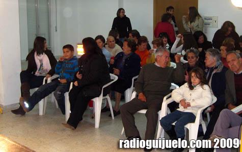 Parte del público en el centro cultural de Sorihuela