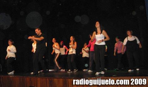 Una actuación anterior de la Escuela de Baile