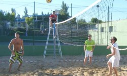 voley playa en Guijuelo. foto archivo
