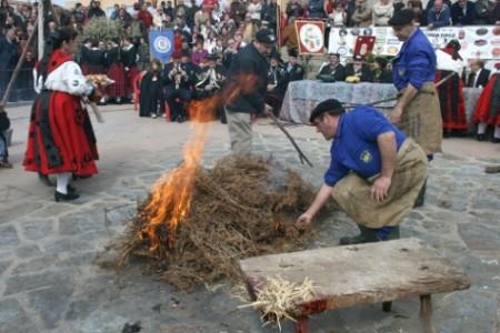 Imagen del proceso de matanza típica en Guijuelo. Foto archivo