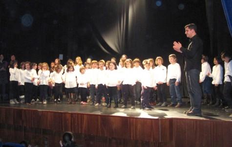 Coro infantil en el Centro Cultural de Guijuelo