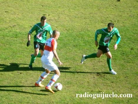El C.D. Guijuelo volverá jugar con camiseta verde y pantalón negro en Alcalá