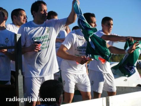 El Guijuelo B celebra el ascenso de categoría