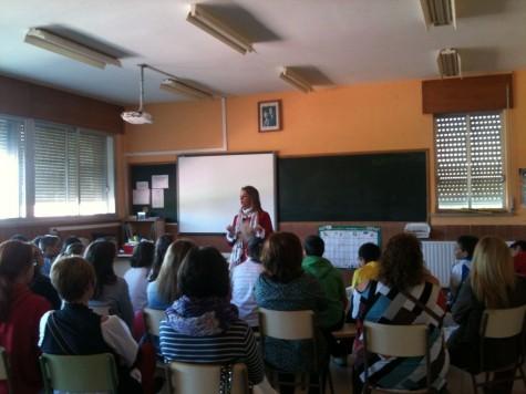 Charla informativa en el Miguel de Cervantes. Foto Colegio Miguel de Cervantes