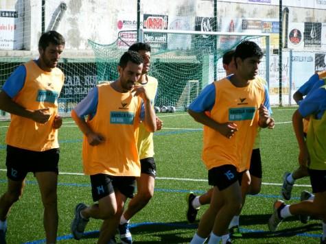 Sesión de entrenamiento en el Municipal de Guijuelo