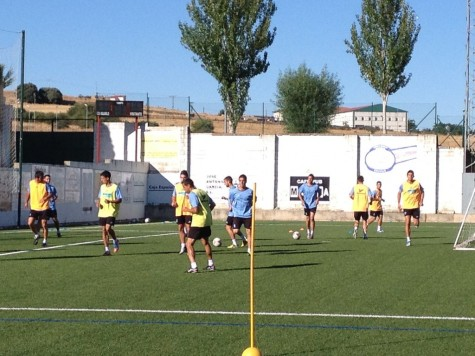 Entrenamiento del primer equipo del C.D. Guijuelo. Foto archivo