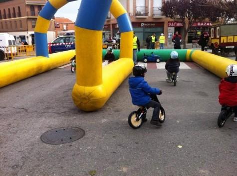 Preuba con bicicletas de aprendizaje. Foto Kiddimoto España