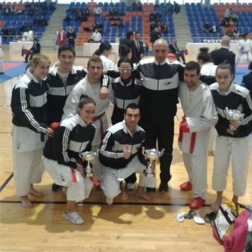 Karatecas guijuelenses en el Regional de kárate