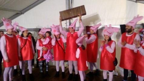 Carnaval en Guijuelo. Grupo disfrazado de pepa pig