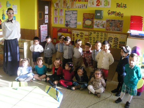Alumnos del Miguel de Cervantes en su Semana Cultural