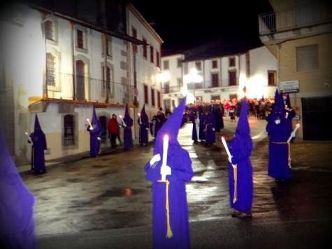 Procesión en Ledrada. Foto Cuaderno de Entresierras