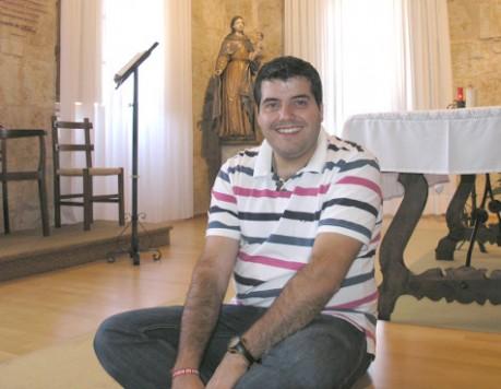 El párroco Andrés González