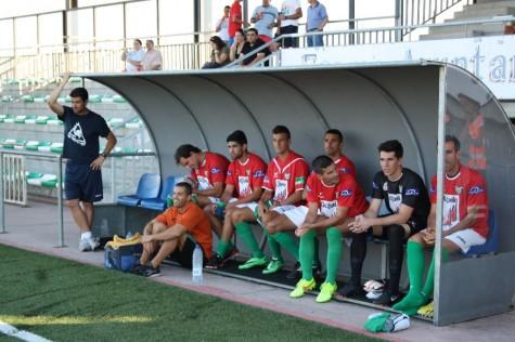 Ángel Martinez sentado segundo por la izquierda