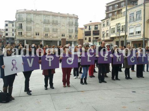 Acto en Guijuelo por el Día Mundial de la lucha contra la  Violencia de Género.