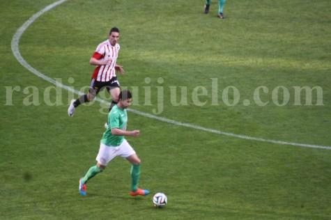 Partido entre la UD Logroñes y el CD Guijuelo en Las Gaunas.