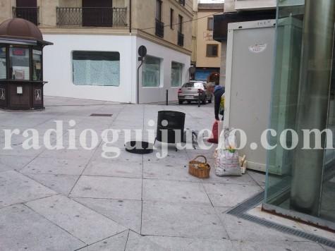 Puesto de venta de castañas en la plaza Mayor.