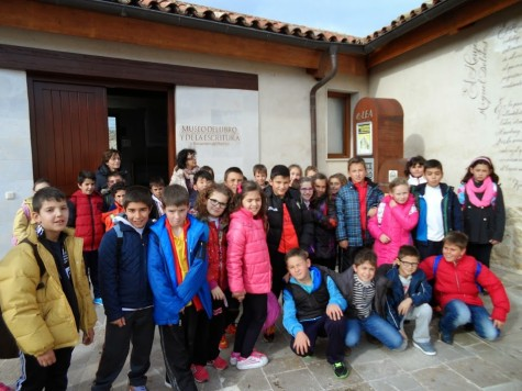 Los alumnos del Miguel de Cervantes en Urueña. Foto Miguel de Cervantes.