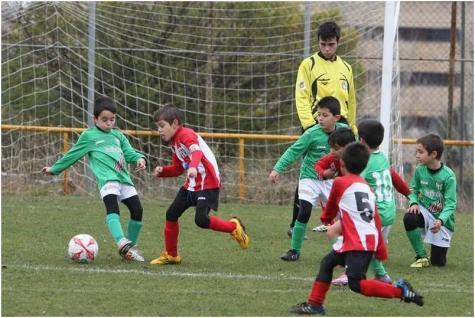 Partido de las categorías inferiores del C.D. Guijuelo. Foto La Gaceta.