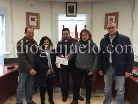Entrega de la recaudación del concierto de Camela a la Asociación la Sonrisa de Alejandro.