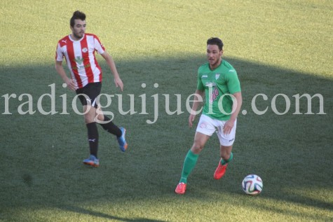 Partido entre el el CD Guijuelo y el Zamora en el Municpal.