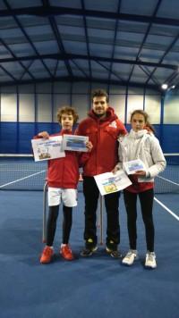 Paula Sánchez campeona en el campeonato de Cabrerizos. Foto Club Guijuelense de tenis y padel.