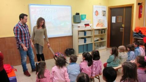 Charla sobre salud corporal en el Miguel de Cervantes. Foto Colegio Miguel de Cervantes.