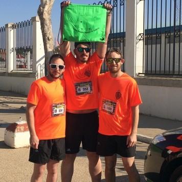 Integrantes del club atletismo Guijuelo en Quintanar del Rey. Foto club atletismo Guijuelo.