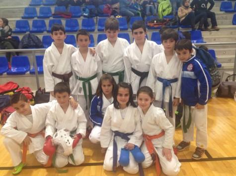 Karatecas del Gimnasio La Luna. Foto Gimnasio La Luna.