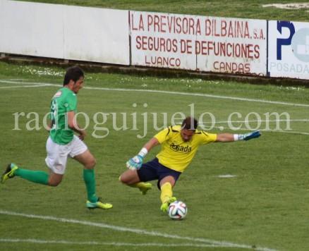 Lambarri autor del segundo gol ante el Marino.