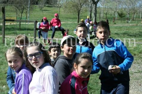 Los chicos de Diviéretete en Semana Santa  disfrutan de un día en la Dehesa.