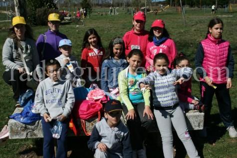 Los chicos de Diviéretete en Semana Santa en la Dehesa.