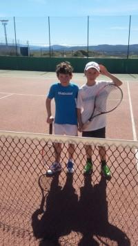 Alumnos del club guijuelense de tenis y padel.