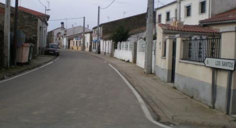 Calle del municipo de Fuenterroble.