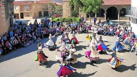 Festival  de Danzas Tradicionales en Cespedosa. Foto archivo