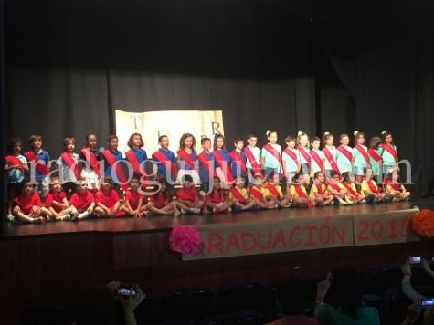 Graduación de tercero de infantil del Filiberto Villalobos.