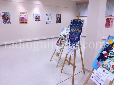 Exposición de carteles en la Biblioteca Municipal.