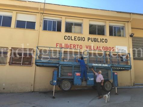 Renovación de canalones en el Colegio Filiberto Villalobos.