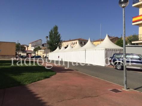 Casetas instaladas en los alrededores de la plaza de Toros.