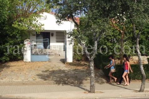 Edificio de la unidad veterinaria ubicada en Guijuelo.