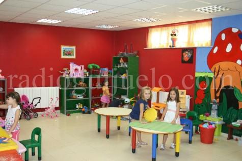 Niños y niñas en la Ludoteca Ludoguay.
